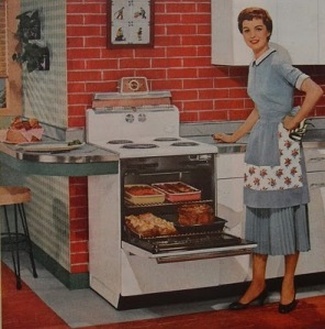 1950s-housewife-in-kitchen-interior